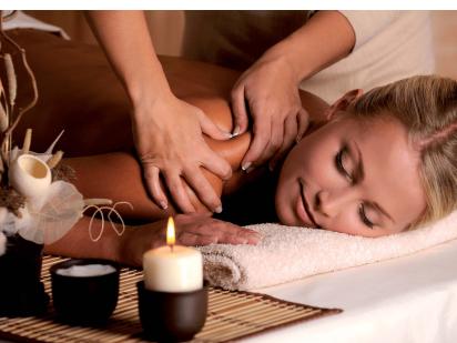 Massage corps californien dans le cadre d'une cure thalasso